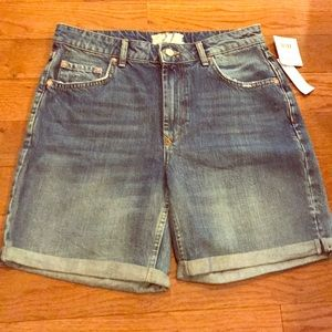 NWT Free People size 27 jean shorts
